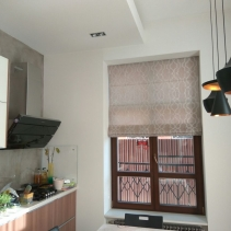 римская штора на кухню